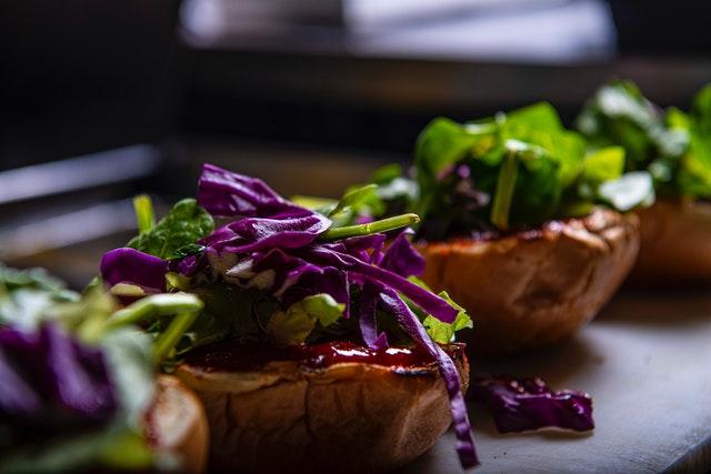 Burger gezond met salade